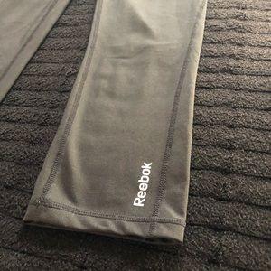 Reebok Pants - Black Reebok Athletic Stretch Capri Pants